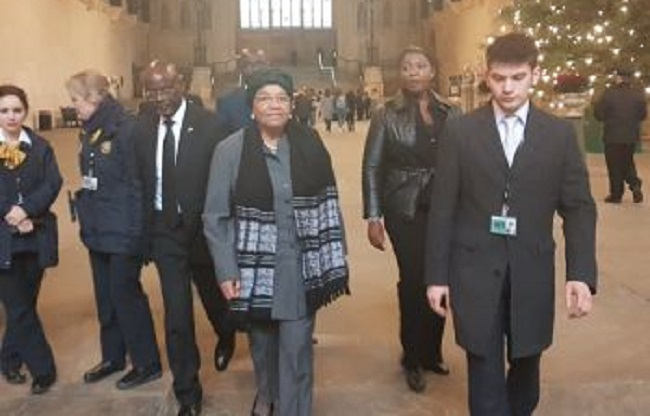 President Ellen Johnson Sirleaf goes for a function during her UK trip Photo: emansion.gov.lr