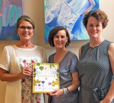 New Albany MS NAES library accepts donation