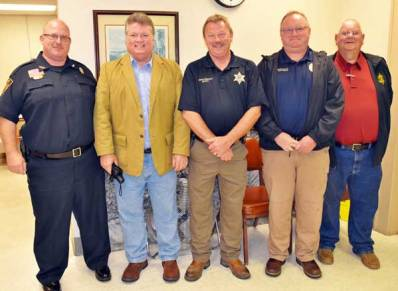 New Albany MS Hood Visits law enforcement