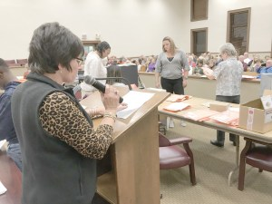 Circuit Clerk reads results