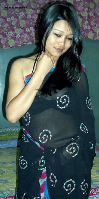 Assamese model from Sivasagar showing sexy body after party pics