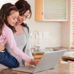Εργαζόμενη μητέρα: άφησε τις ενοχές σου στην άκρη!