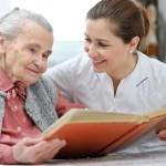 φροντίδα γηροκόμου