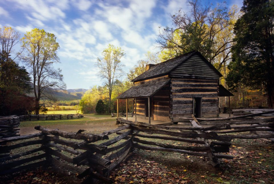 John Oliver Cabin: As the very first worthwhile stop along the Cade's Cove loop road, it is possible to be here while the light is still soft and warm if you can line up at the gate very early.