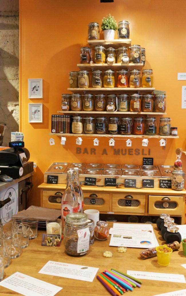 Le bar à muesli de l'épicerie fine Epicure vous salue à Nantes