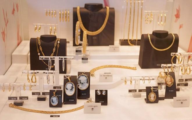 Bijoux manège à bijoux Leclerc Orvault grand val à côté de Nantes