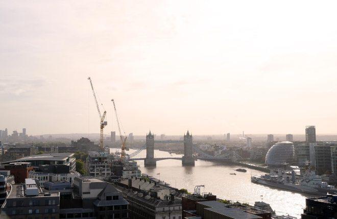 Le Tower bridge, vu d'en haut depuis The Monument à Londres
