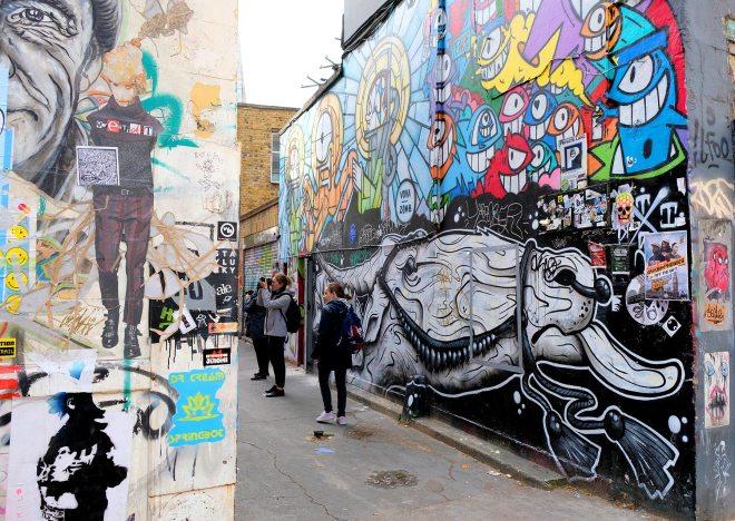 Balade street art à Londres : graff, peinture, collages, installations...