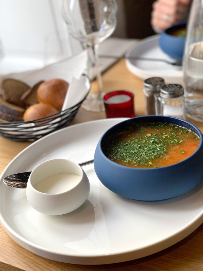 Soupe russe au restaurant nantais M Strogoff