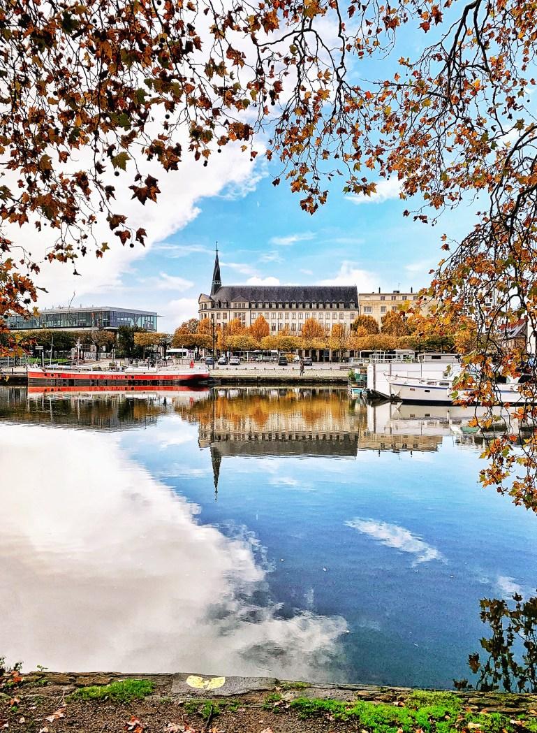 Le Canal St Félix à Nantes en automne
