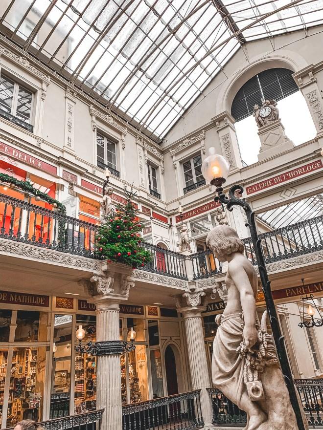 Le Passage Pommeraye de Nantes en hiver et à Noël