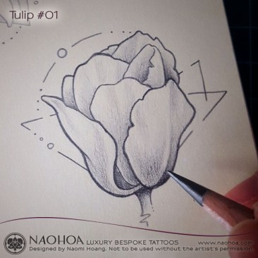 Georganic tattoo design of a tulip flower by Naomi Hoang.