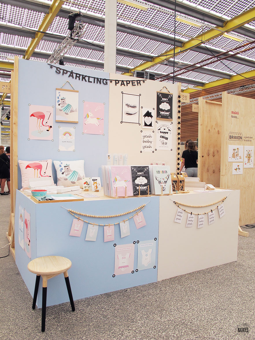 Sparkling Paper Showup 2016