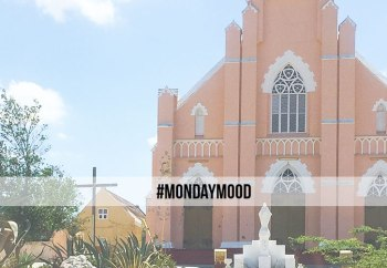 header_#mondaymood_moodboard_church_curacao_naokies_photography