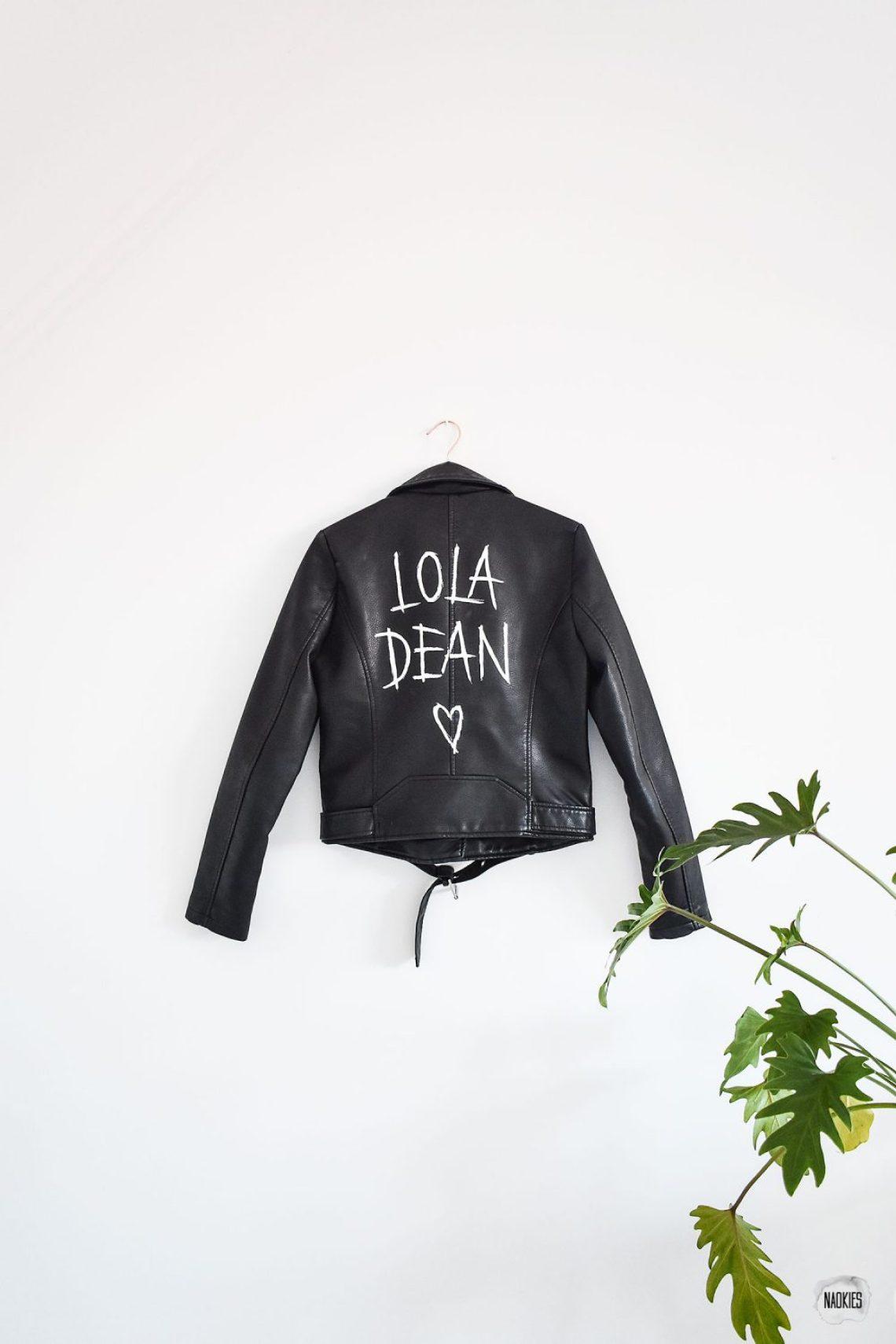 customised leren jasje voor lola dean studio naokies staand