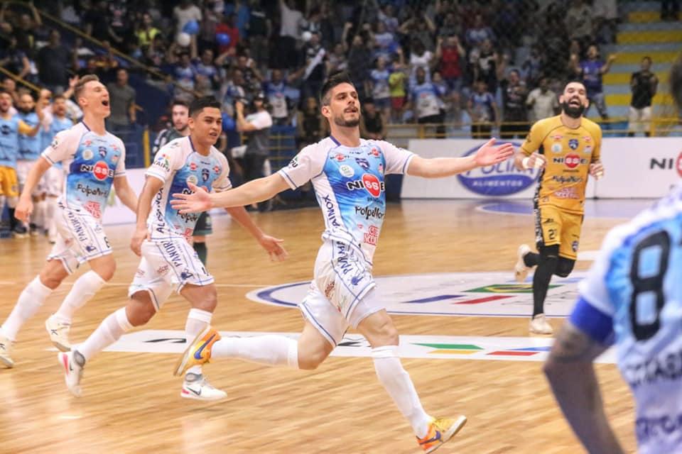 O Foz Cataratas Futsal venceu. E agora  Nélio Sander responde - Não viu  168c0e0105f4f
