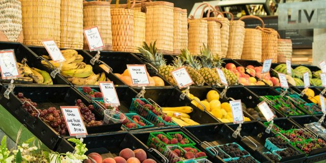 Shopping & Dining at Oxbow Public Market in Napa Valley 5