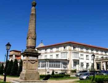 Obélisque au Ferrol à la mémoire de Churucca