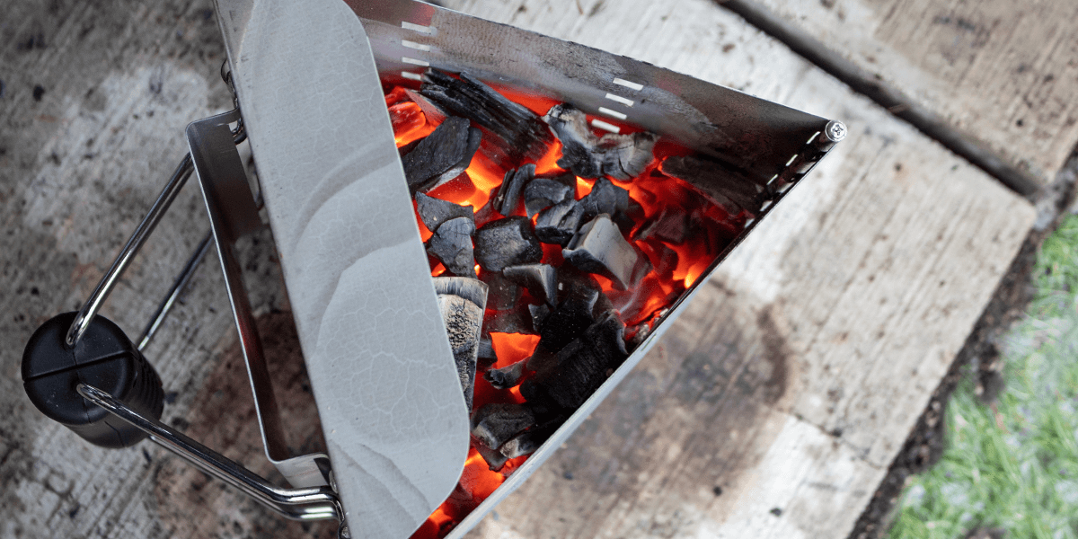 how to light use a charcoal starter