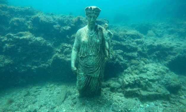 Un sommergibile per visitare la città sommersa di Baia