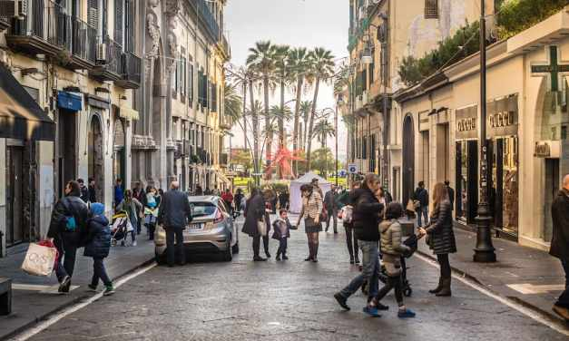 Le vie dello shopping a Napoli