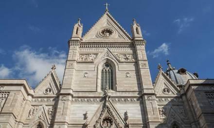 Passeggiata (con vista) sui tetti del Duomo di Napoli