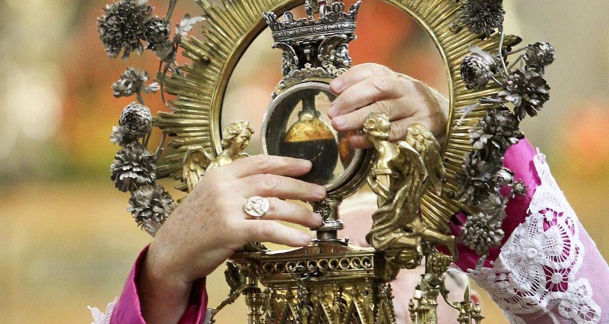 Miracolo del Sangue di San Gennaro, patrono di Napoli