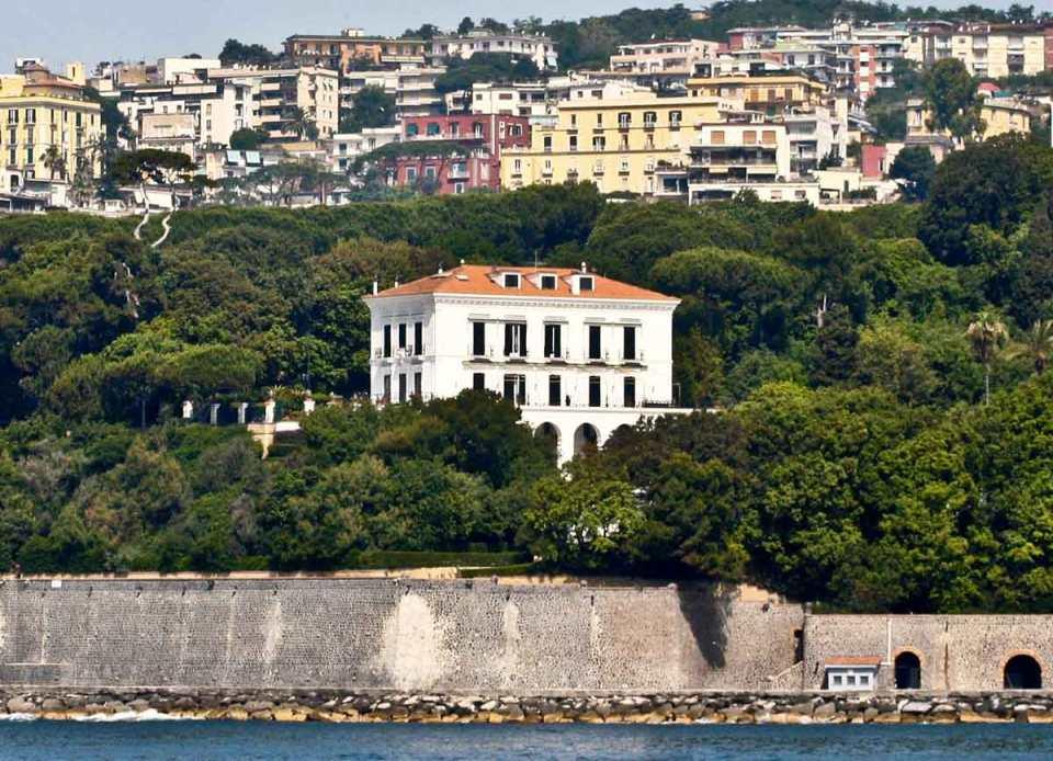 Napoli Villa Rosebery