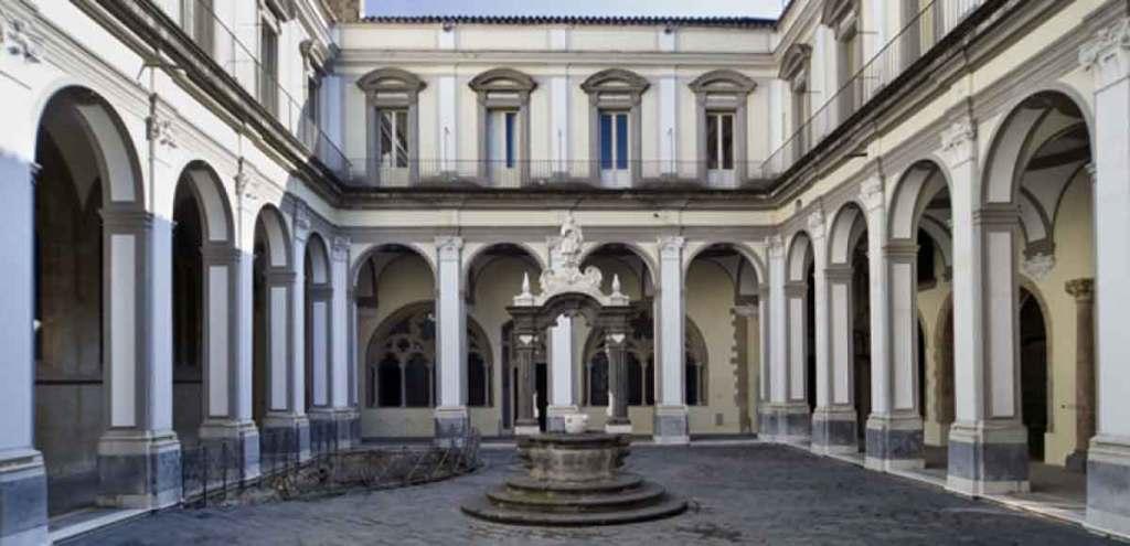San Lorenzo Maggiore di Napoli: Il Chiostro