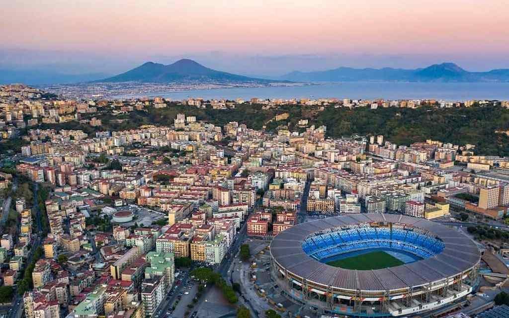 Napoli e il Calcio, un fenomeno non solo sportivo