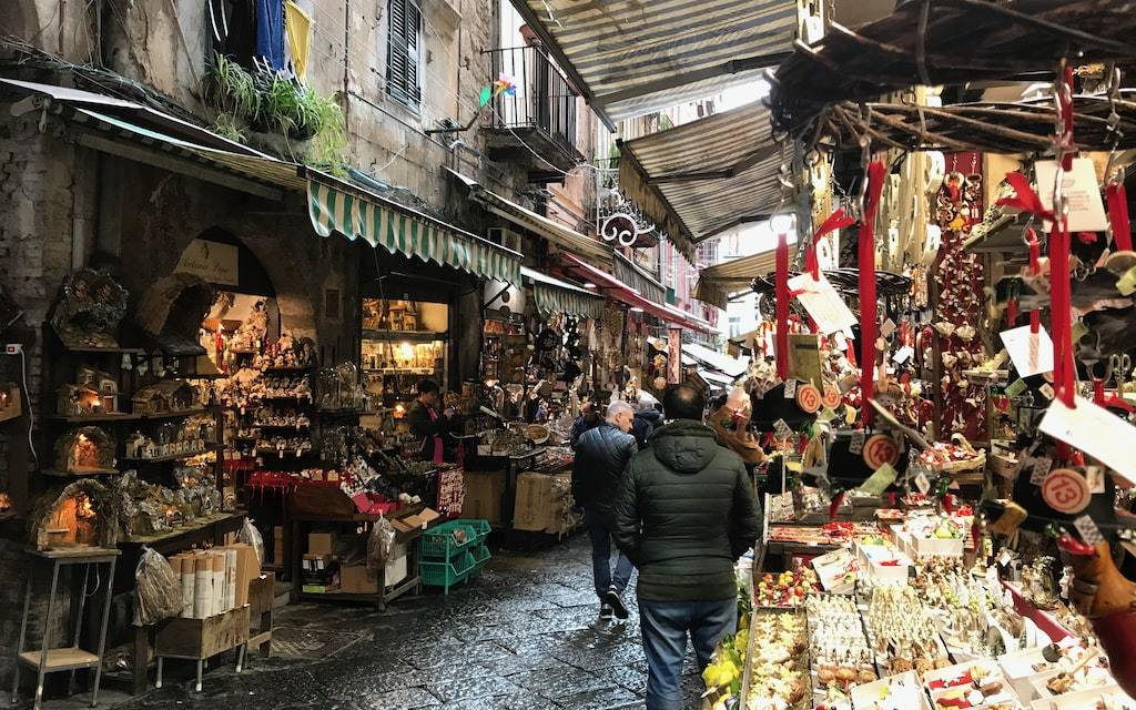San Gregorio Armeno, la strada dei presepi a Napoli