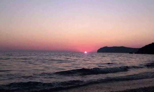 Naturismo in Campania, le spiagge naturiste a Napoli e dintorni