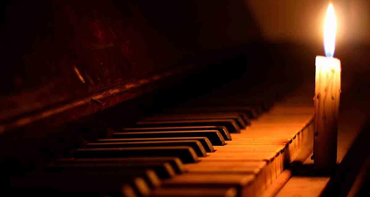 Concerto al Buio per piano e violinoalla Galleria Borbonica