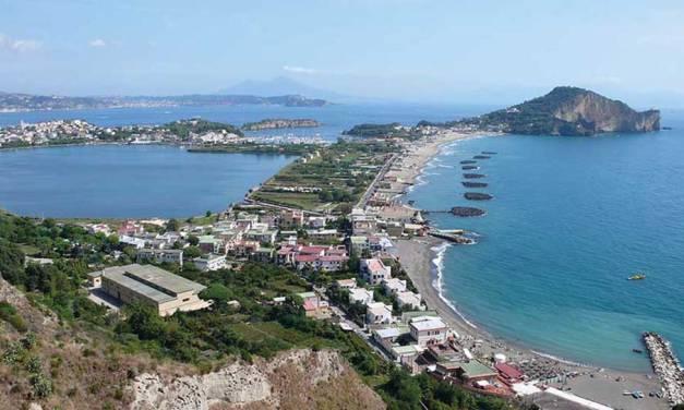 Bus del Mare dal Vomero a Miseno, Estate a Napoli 2019