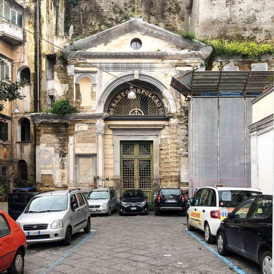 Santo Sepolcro a Napoli
