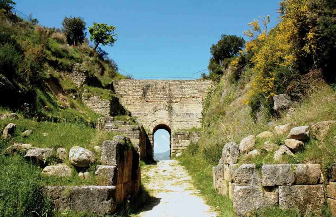 Porta Rossa Parco Archeologico di Velia