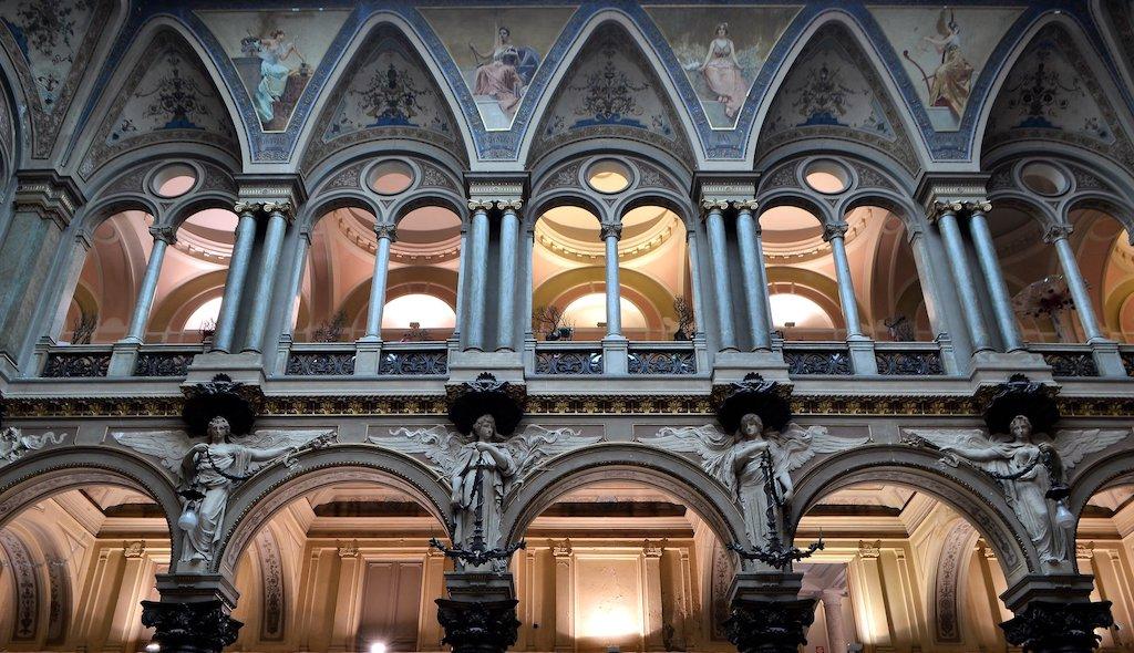 Palazzo Borsa Napoli, Sala delle Grida