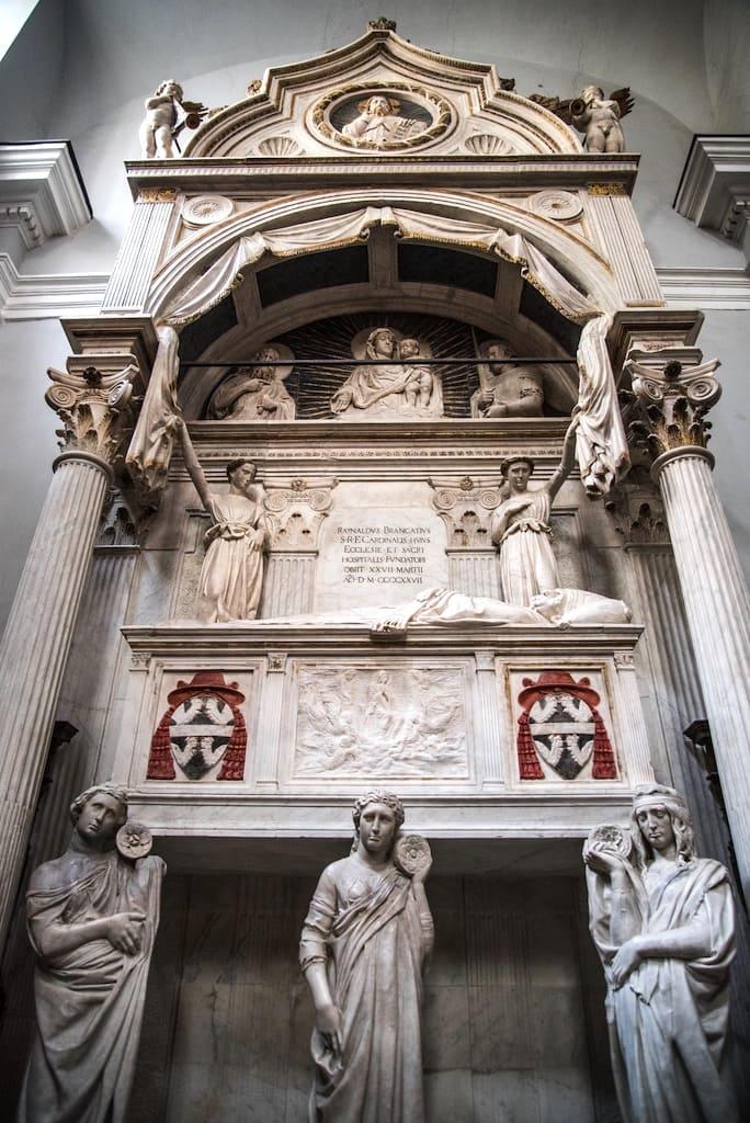 Sant'Angelo a Nilo - Donatello