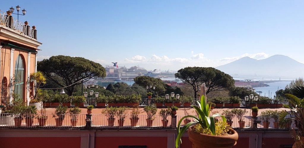Palazzo Salerno, Napoli