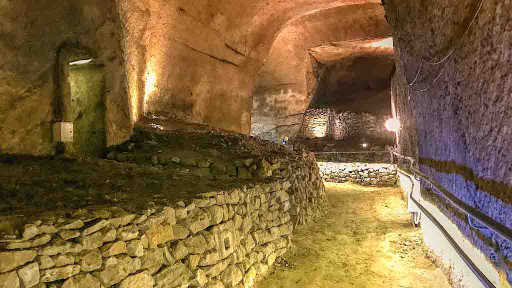Basilica di Santa Maria Maggiore alla Pietrasanta, percorso sotterraneo