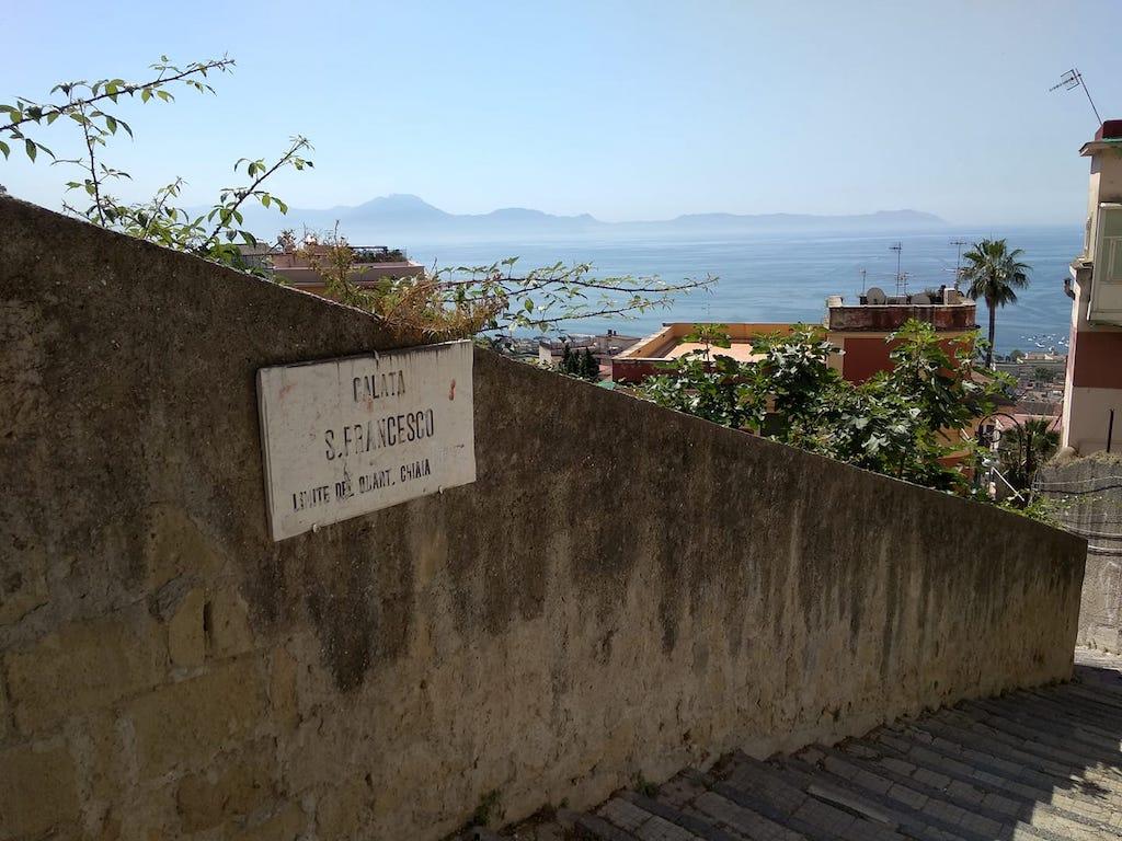 Calata san Francesco Napoli