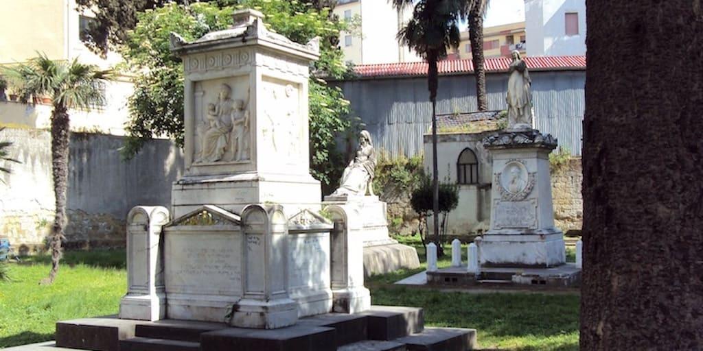 Cimitero degli Inglesi - Santa Maria della fede