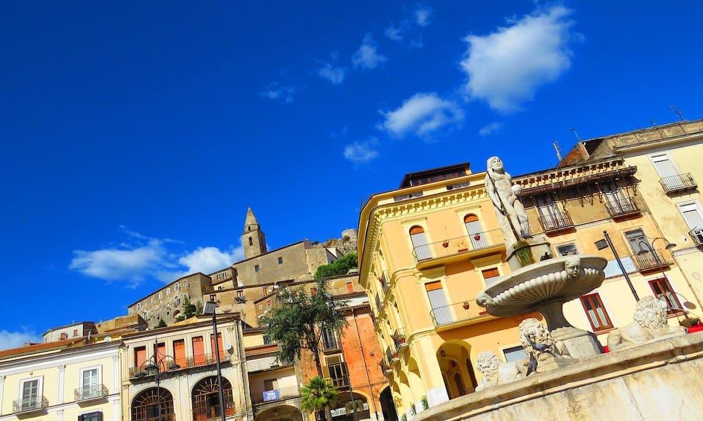 Borgo di Montesarchio e il suo Castello (Benevento)