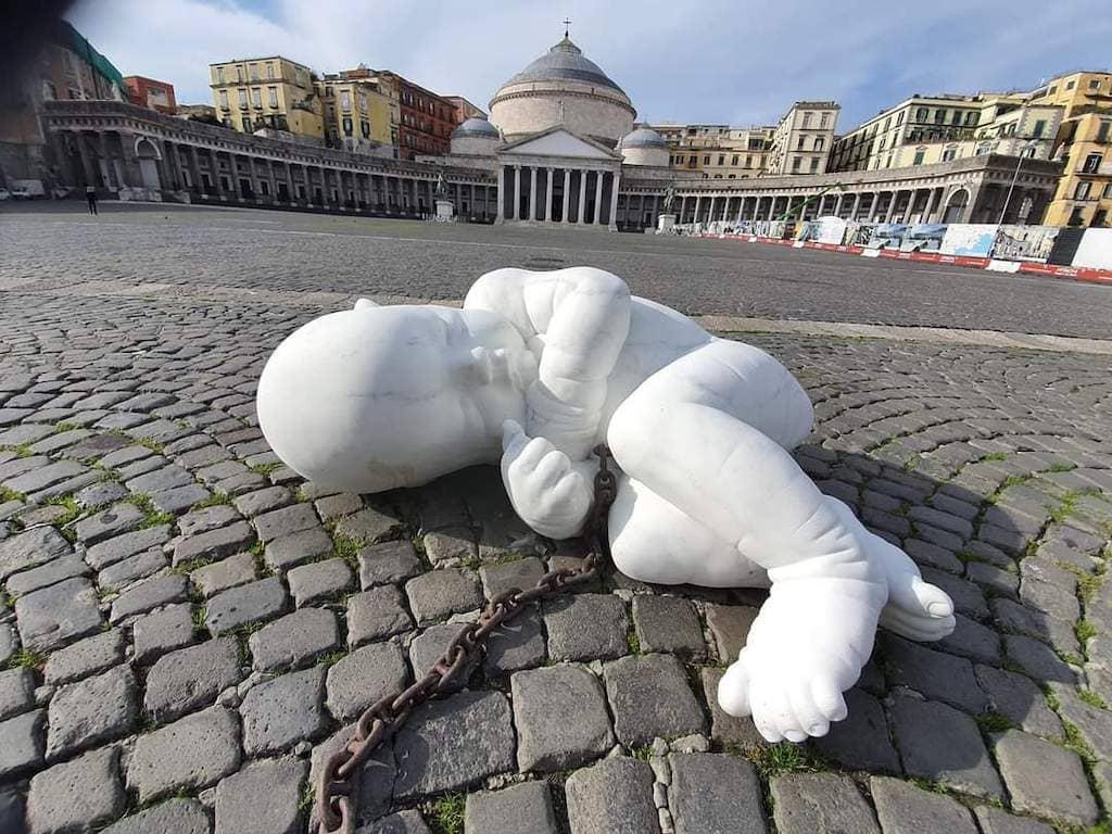 Piazza PlebiscitoLook Down Jago Napoli