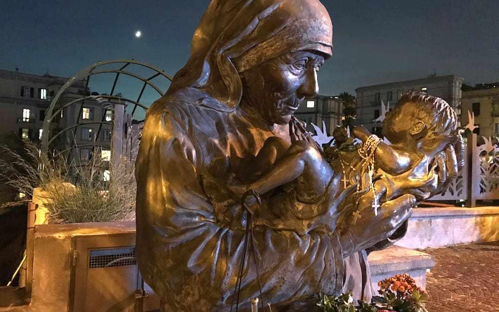 Auguri di Natale: buone feste da Napoli-Turistica
