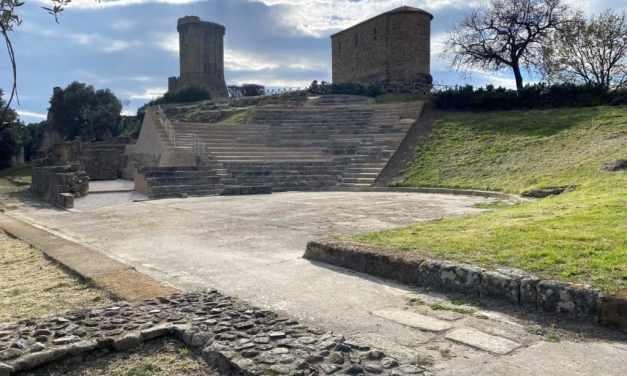 Restaurato l'antico Teatro di Elea-Velia