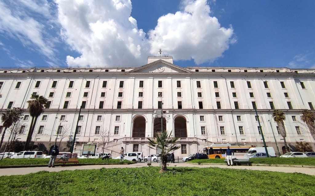 Visita guidata di via Foria, la storica via di Napoli je