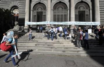 Esami in piazza contro la Gelmini 1