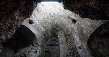 acquedotto romano sotto la sanità