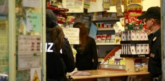 Rapina a Casalnuovo, tabacchi